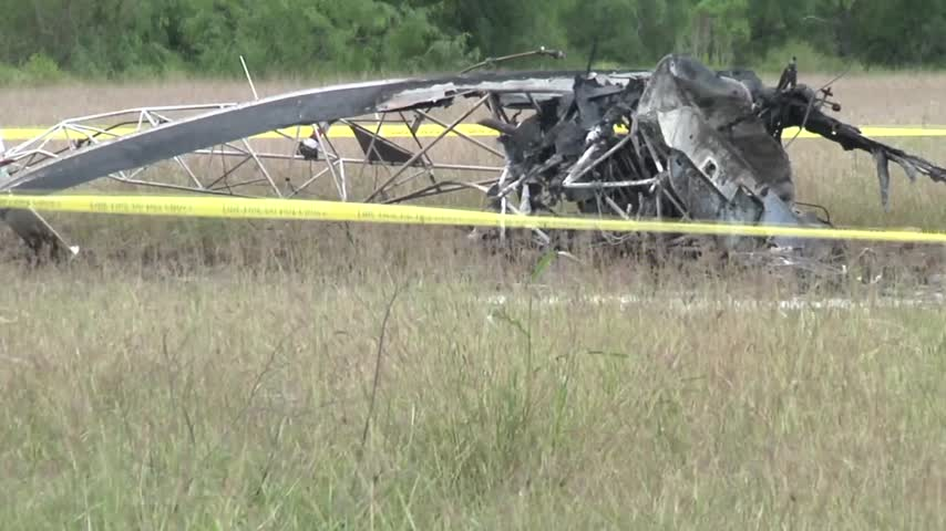 Crop Dusting Aircraft Crashes in Los Fresnos_15065766-159532