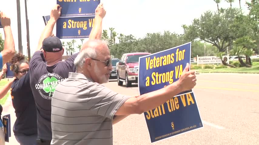 Veterans- Clinic Employees Protest_22637526-159532