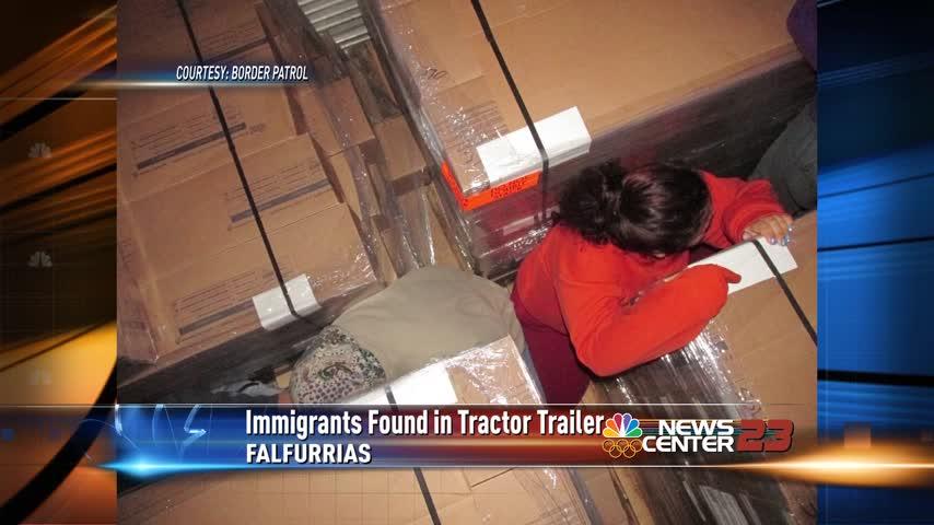 11 Illegal Immigrants found in Cold Temperature Trailer_34004455-159532