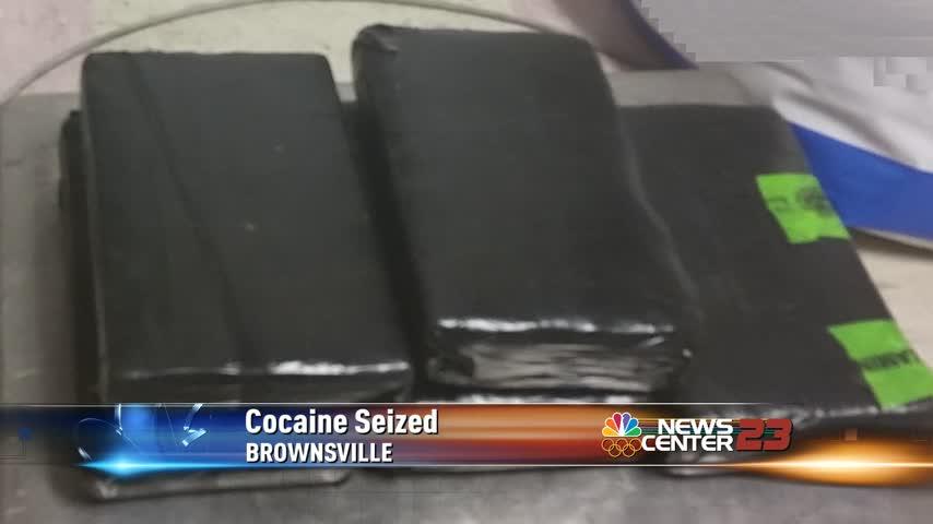 Cocaine seized at International Bridge_44299038-159532