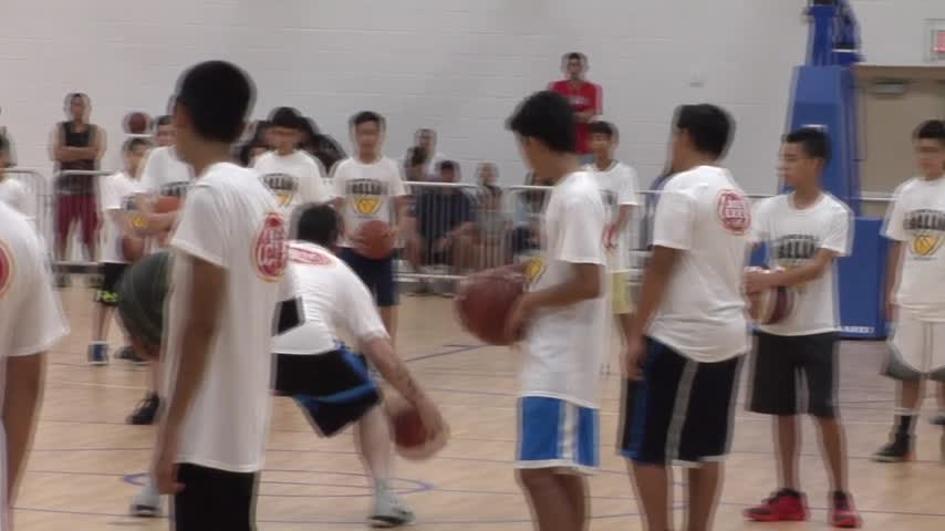 Pro NBA Players Coach Valley Students_37993298-159532