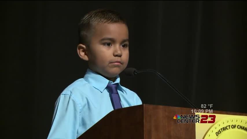 8 year old student motivates classmates and teachers_88727645-159532