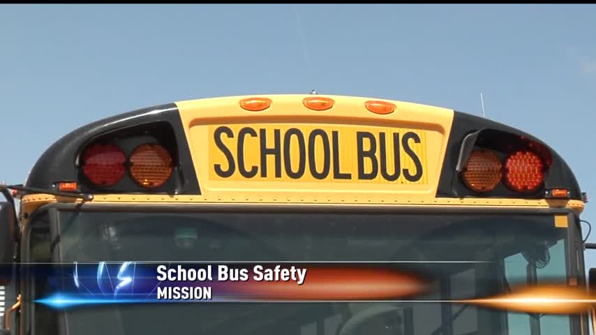 Police Enforcing School Bus Safety for New School Year_86177087-159532