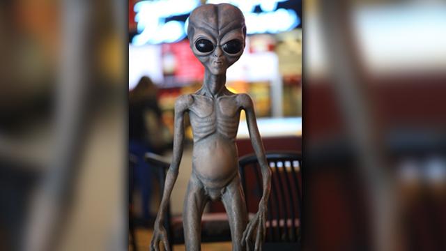alien_1490974594147.jpg