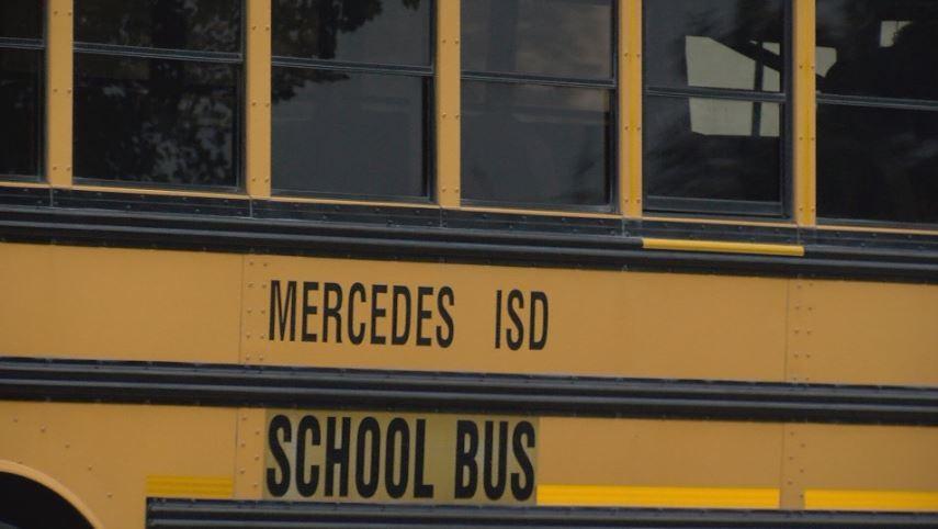 MERCEDES BUS 4 U.JPG