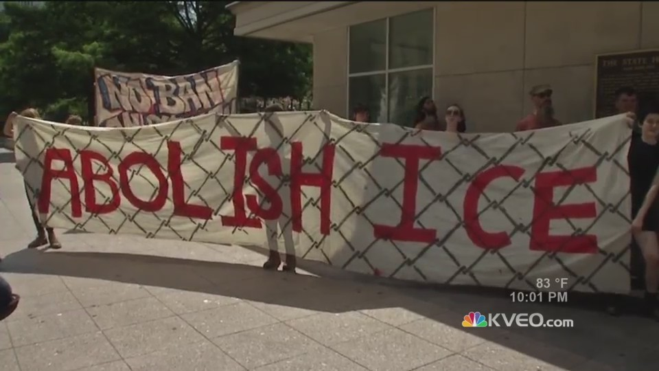 Protests_to_abolish_ICE_0_20180713032643