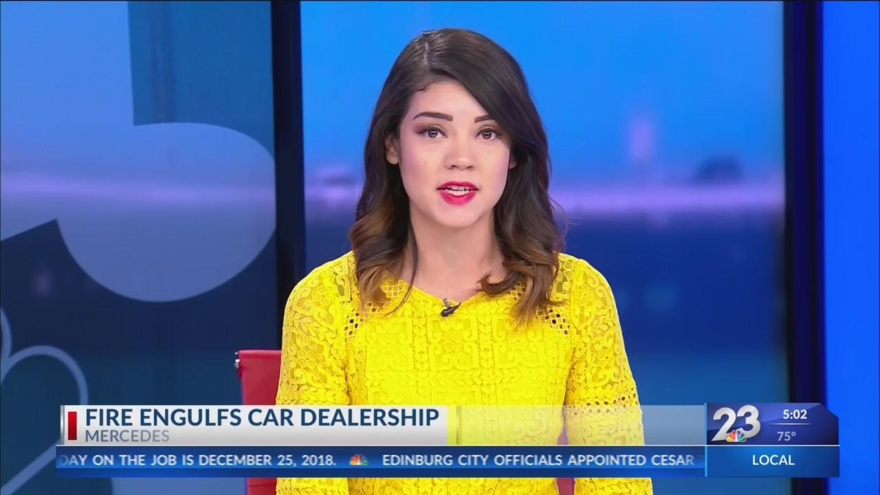 Car_Dealership_Fire_In_Mercedes_0_20181224232310