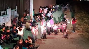 Border Patrol apprehends large groups of migrants in South Texas